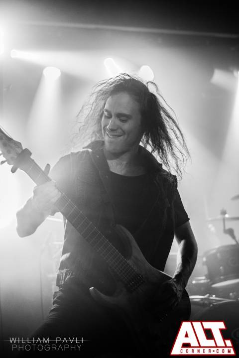 Betraying the Martyrs (6)